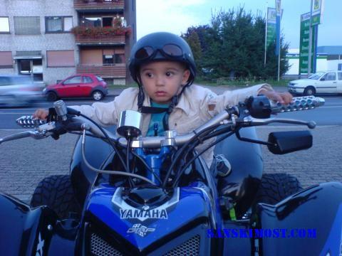 emir vozi Quad
